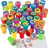 German Trendseller® - Stempelset Kinder ┃ 16 Stück bunter Kinder Stempel Mix ┃ Selbstfärbend ┃ Da ist für jeden etwas dabei ✔