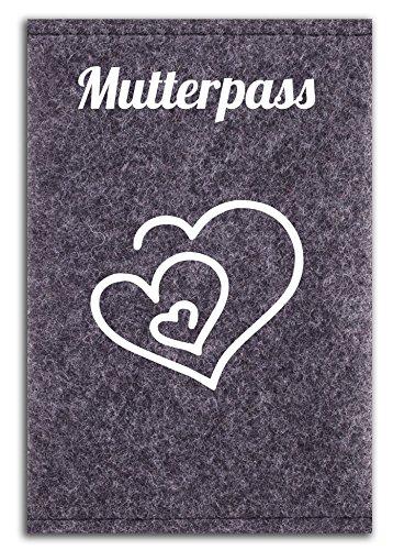 mutterpass-hulle-aus-100-wollfilz-fur-den-deutschen-mutterpass-in-deutschland-gefertigt-3-herzen