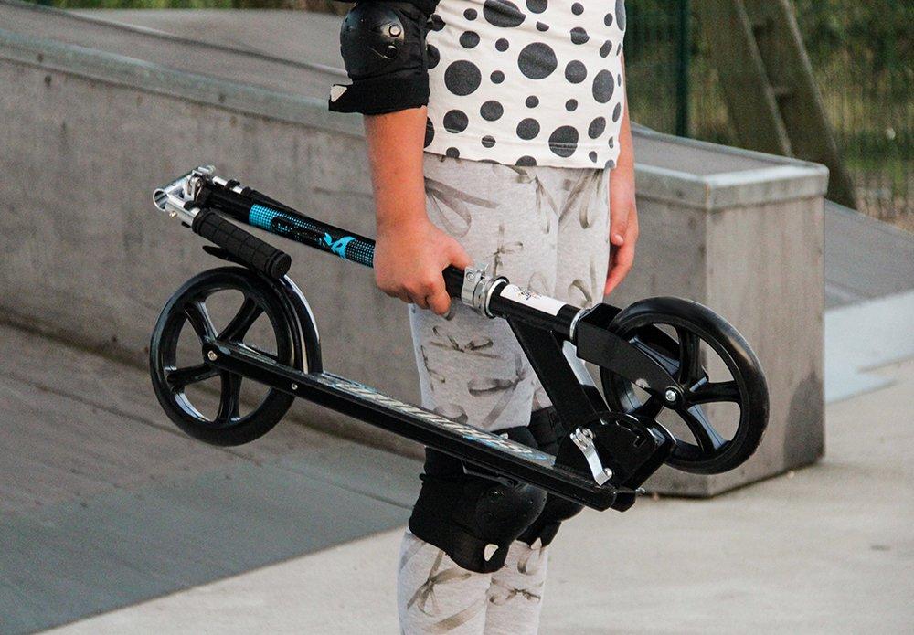 iso trade city roller big wheel tretroller st nder. Black Bedroom Furniture Sets. Home Design Ideas