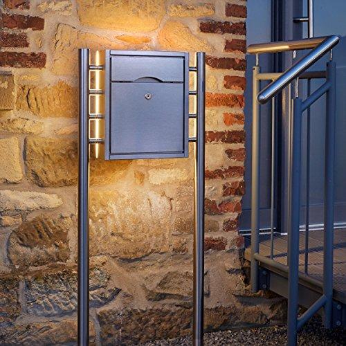 PREMIUM Standbriefkasten aus Edelstahl, gebürstet mit LED-Hintergrundbeleuchtung - Briefkasten Manufaktur Lippe