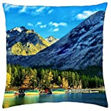"iRocket - Lake Minnewanka, Alberta, Kanada - Throw Pillow Cover (24"" x 24"")"