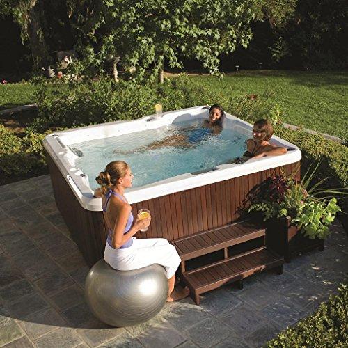 ORIGINAL Jacuzzi ® Spa J235 beheizter Whirlpool inkl. Wärmeabdeckung Aktionsmodell mit 6 Sitzen, einem Wasserfall, LED-Kontrollanzeige und umlaufender Beleuchtung sowie 3 Kopfstützen und Filtersystem