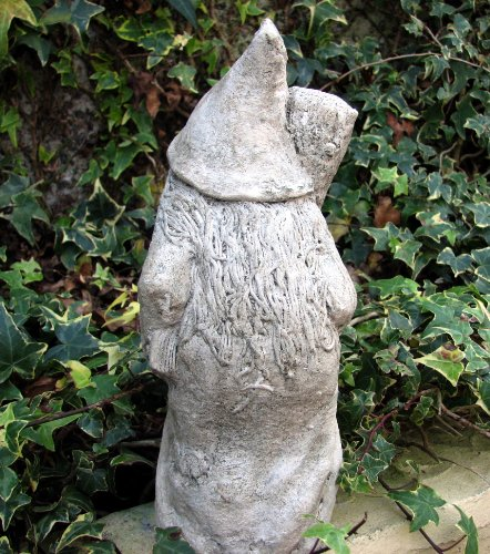 Moonshadow-Glade-Garden-Statues-Stone-Witch-with-Cat-and-Broom