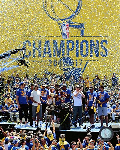 Golden State Warriors 2017 NBA Champions Victory Parade Photo Print (40,64 x 50,80 cm)