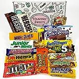 Confezione Media di Snack Americani | Cioccolato per Idea Regalo di Natale e Compleanno | Vasta Gamma tra cui Reeses M&M Hersheys | 18 Pezzi in Confezione Vintage di Cartone