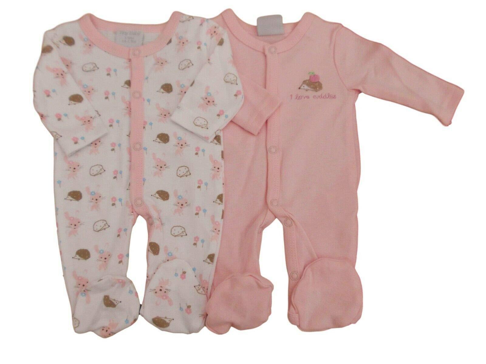 - Pack de 2 pijamas pequeños para bebé prematuro, de color rosa para niñas con texto en inglés «I Love Cuddles» 1
