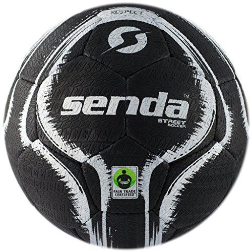 Senda Street Soccer Ball, Commerce équitable Certifié, Noir/Blanc, Taille 4 (Âge 13 & Up)