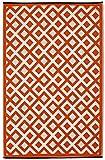 Fab Hab - Marina - Cherrytomate & Strahlend Weiß - Teppich/ Matte für den Innen- und Außenbereich (120 cm x 180 cm)