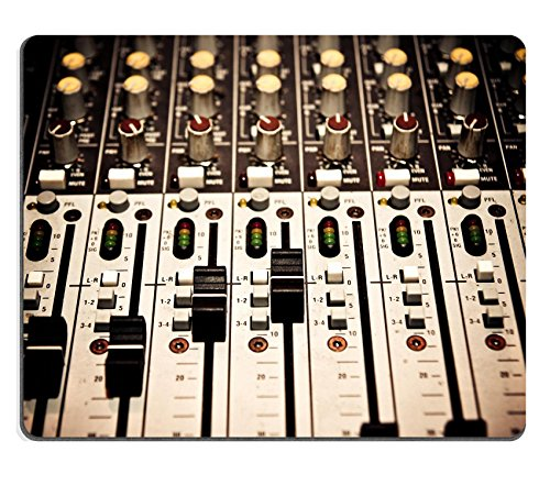 Liili Mousepad Musik Mixer in Studio Nahaufnahme Foto 15119377geringer Reibung Tracking Oberfläche LOL Dota 2WOW (Foto-mixer)