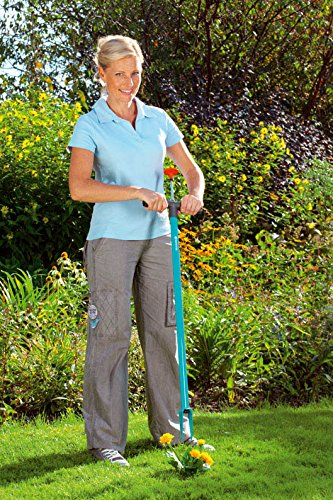 Gardena 3517-20 Unkrautstecher; langer Stiel für aufrechte Haltung; patentierte Spezialmesser; Auswurfmechanismus (Gesamtlänge: 110cm) -