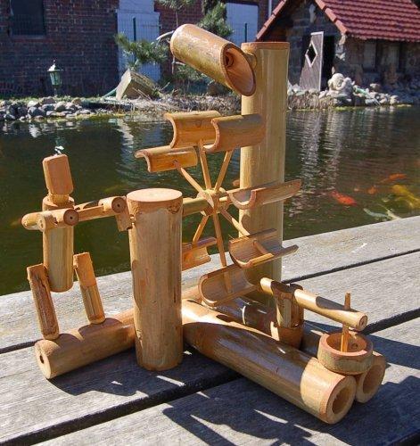 Bambus-Wasserspiel (Bambus-brücke)