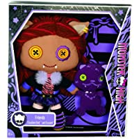 Monster High Friends Clawdeen Wolf and Crescent Plush
