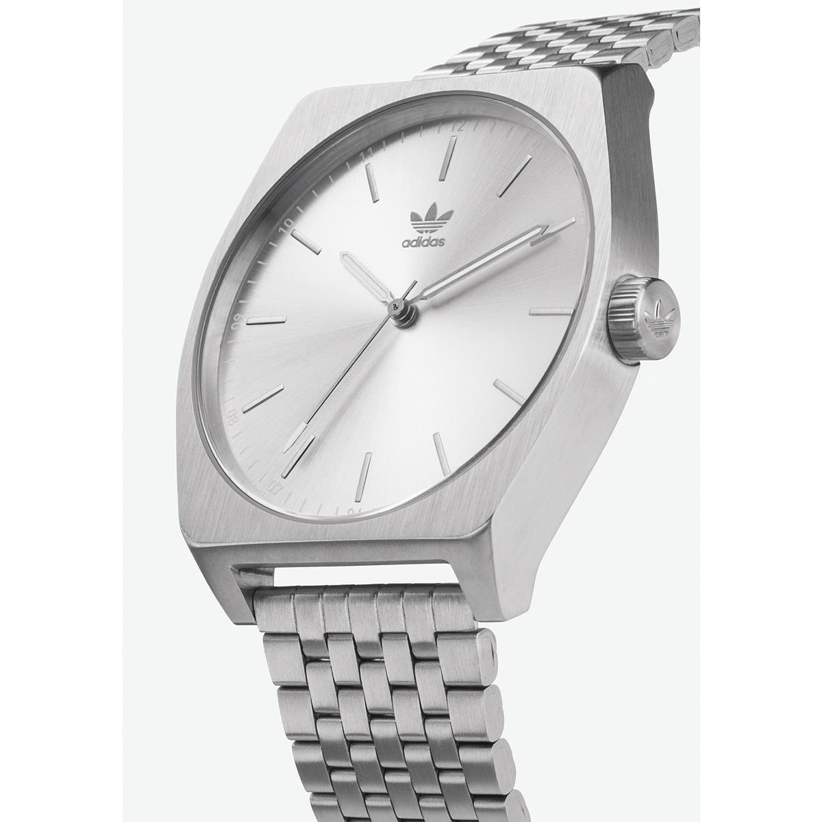 Adidas by Nixon Reloj Analogico para Hombre de Cuarzo con Correa en Acero  Inoxidable Z02-1920-00 1639519c092