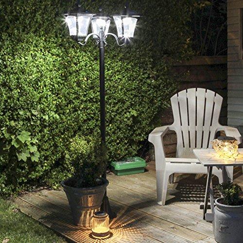 Lampadaire Solaire LED Extérieur en Aluminium Noir 3 Têtes - Produit Waterproof pour le Jardin - Intensité Réglable 108 Lumens Max.- Mode Été et Hiver - Hauteur Ajustable (80cm, 120cm ou 210cm)