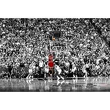 Póster Michael Jordan Last Shot 1998 Colorized/Último Tiro col (91,5cm x 61cm) + 2 marcos transparentes con suspención