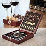 Oramics 2in1 Weinzubehör und Schachspiel Box – für Weinliebhaber und Sommeliers – Holzbox mit aufgezeichnetem Schachbrett, Schachfiguren und Weinzubehör / Weinwerkzeug - Korkenzieher mit Folienschneider und Kapselheber, Weinthermometer, Tropfring, Flasche