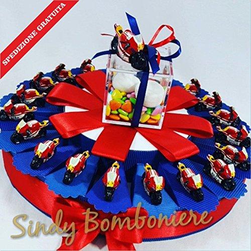 Bomboniera nascita battesimo torta con moto d'appoggio di valentino rossi 46 yamaha spedizione inclusa (torta da 35 fette)