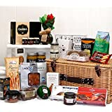 Traditional Gourmet Hamper Basket with 25 Food Items - Gift ideas by Fine Food Store