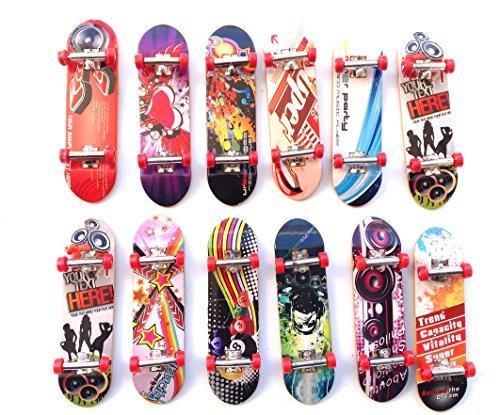 Juguete 12 pcs Monopatín , skate, con difrente dibujo