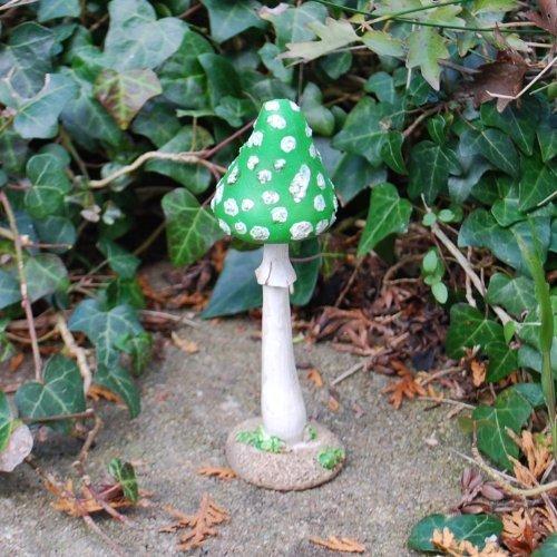 Grüner Fliegenpilz Garten Deco aus Kunstharz 12cm
