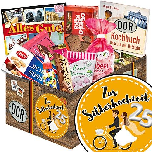 Zur Silberhochzeit ❤️ DDR Suessigkeiten-Box ❤️ Geschenkset ❤️ Zur Silberhochzeit ❤️ Ostpaket ❤️ Silberhochzeit Ehemänner ❤️ mit Puffreis Schokolade, Viba, Zetti und mehr