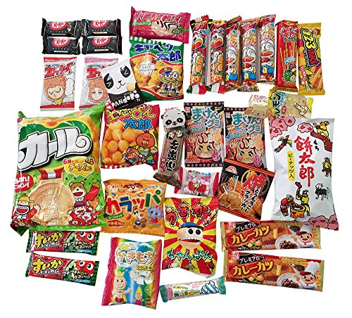 assorted-japanese-snack-and-candy-box-set-with-handmade-origami