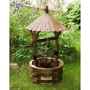 Puits de jardin en bois jardin for Puits decoration jardin