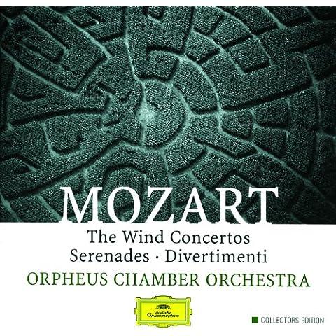 Mozart: Divertimento in E flat, K.252 - 2. Menuetto