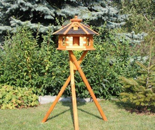 Vogelhaus mit Ständer und Solarbeleuchtung