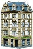Faller Modellbausatz im Maßstab 1:87 H0 In 4-stöckiger Ausführung, mit Dachgauben und Stuckverzierung. Im Erdgeschoss befindet sich ein Ladengeschäft. Passend zu den Modellen der »Goethestraße« Art. 130915.Dieser Bausatz enthält :151 Einzelteile in 7...