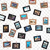 LeTOMA – Fotonetz 2x1m aus 100% Bauwolle Ideal Um Fotos aufzuhängen – 50 Stabile Holzklammern (5cm Lang), 20 Dezente weiße Spezialhaken, 4 Saugnäpfe - Dekonetz, Fotoseil