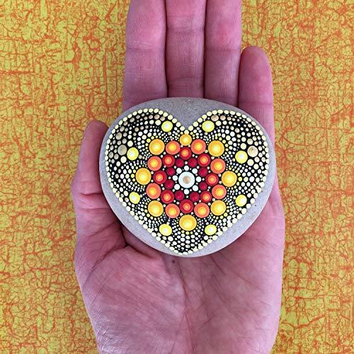 Mandala-Stein Herz Sonne - mit Acrylfarben in Punktetechnik handbemalter Mandala-Stein, als Geschenk, für Meditation + Yoga oder als Deko -
