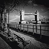 Artland Qualitätsbilder I Glasbilder Deko Glas Bilder 50 x 50 cm Städte Großbritannien London Foto Schwarz Weiß D6PY LONDON Am Ufer der Themse monochrom
