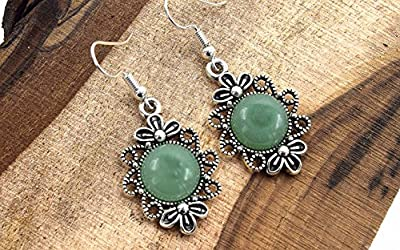 Boucles d'oreille pendentif cabochon aventurine , Earrings with cabochon round aventurine and antique silver pendant