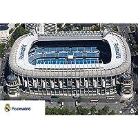 Close Up Póster Estadio de Real Madrid - Santiago Bernabeu (91,5cm x 61cm) + 1 Póster Sorpresa de Regalo