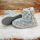 Fashion&Joy Hüttenschuhe Hausschuhe Strick Boots meliert in grau mit Fell & Antirutschsohle Größe 38 Chalet Style mit Holzknöpfen Winter Stiefel Typ491