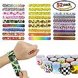 52pcs braccialetti di gomma Emoji, braccialetti in gomma per feste, giocattoli novità per le ricompense di classe scolastica (Colore Casuale)