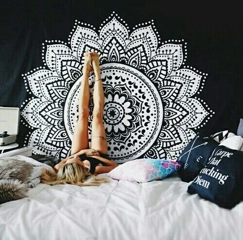 exclusive-white-black-ombre-mandala-tapestryby-labhanshi-bohemian-wall-hanging-wall-tapestries