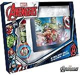 Disney–Avengers Montre numérique + Portefeuille 21X 14, Multicolore, 3–10Ans (Kids mv15407)