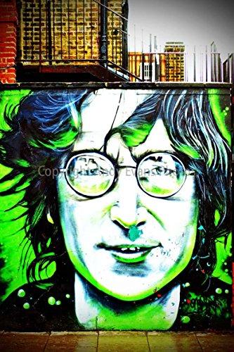 Foto ein 30,5 x 45,7 cm Hochwertiger Fotodruck der John Lennon Wandbild Graffiti Street Art von Künstler Dave Nash Gnasher Camden Town London England UK Hochformat Foto Farbe Bild Art Print