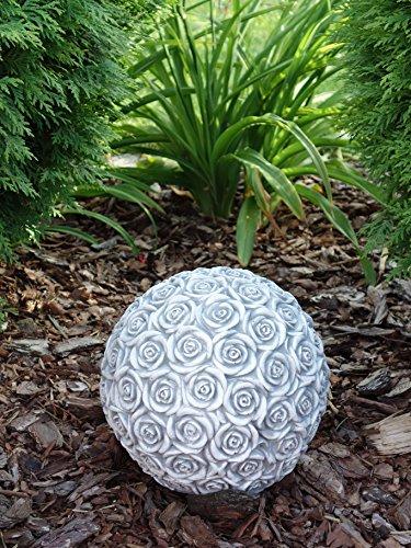 Großes, schönes Dekorationselement Kugel Motiv: Rosen aus Steinguss, frostfest