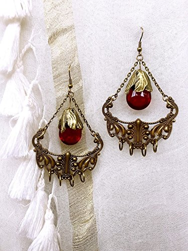 fancy-earring-in-bronze-and-red-pearl-vintage-victorian-bohemia