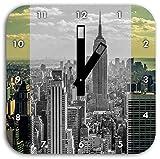 New Yorker Skyline mit Empire State Building schwarz/weiß, Wanduhr Quadratisch Durchmesser 28cm mit schwarzen eckigen Zeigern und Ziffernblatt, Dekoartikel, Designuhr, Aluverbund sehr schön für Wohnzimmer, Kinderzimmer, Arbeitszimmer