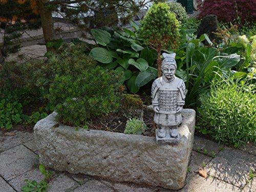 gartendekoparadies.de Kleiner chinesischer Terrakotta Krieger Motiv III von IV aus Steinguss frostfest