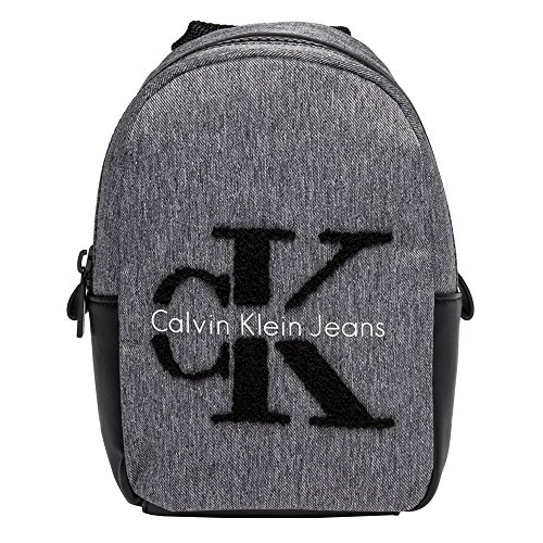 calvin-klein-re-issue-mini-femme-backpack-gris