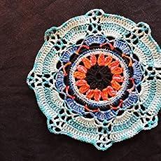 Châle étole triangle écharpe rouge intense pure laine d alpaga ... 39471ffda7b