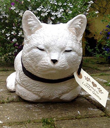 Grande pierre Chat endormi Chaton Ornement Statue/Sculpture de jardin et maison Entièrement résistant aux intempéries Cadeau souvenir 30x17x16 SNOWY
