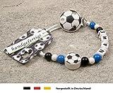 Baby SCHNULLERKETTE mit NAMEN | Motiv Fussball in Vereinsfarben - schwarz, weiß, blau