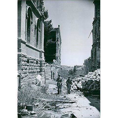 Vintage Foto Di Un Uomo Holding in