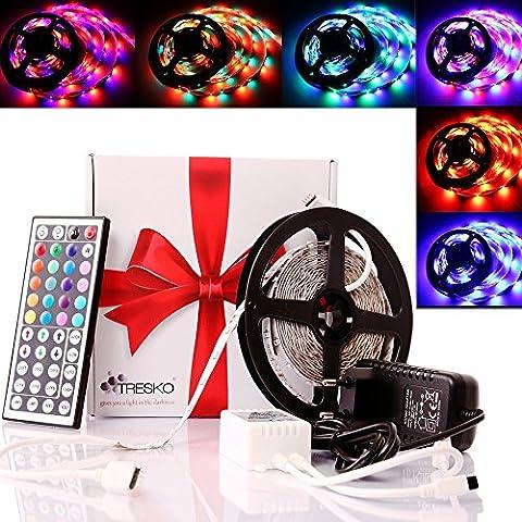 TRESKO 5m RGB LED Strip Licht Streifen Band mit 300 LEDs (SMD3528),dimmbar, 6 , inkl. 44 Tasten IR-Fernbedienung, Controller und 12V Netzteil [Energieklasse A+]